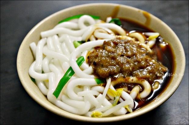 阿仁小吃,乾意麵、四神湯、油粿,萬華區美食老店(姊姊食記) @愛吃鬼芸芸