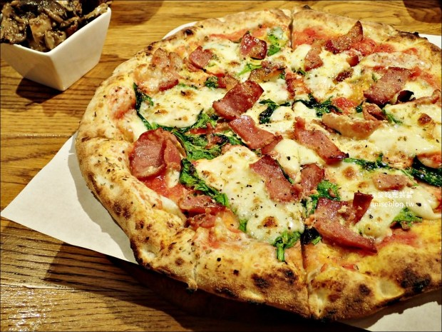 CURA PIZZA加蚋仔超人氣手工拿坡里披薩,南萬華排隊美食(姊姊食記) @愛吃鬼芸芸