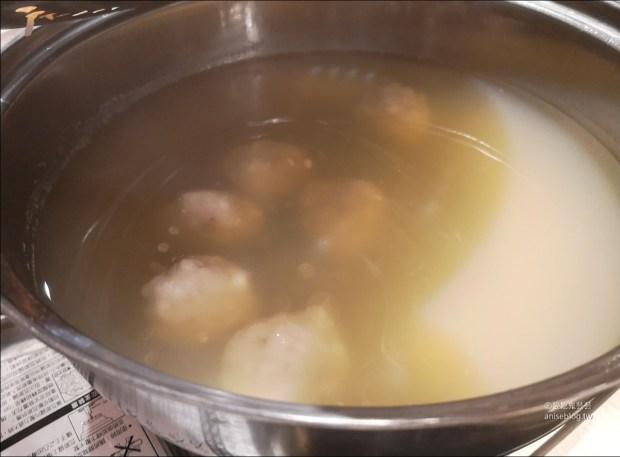 澎湖蒸海鮮   鮮食堂海鮮蒸鍋,層層疊疊的澎湖海鮮痛風鍋😍