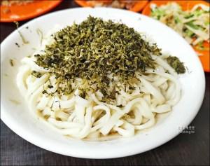 網站近期文章:西門町美食 | 萬國酸菜麵,巷弄裡的老麵店