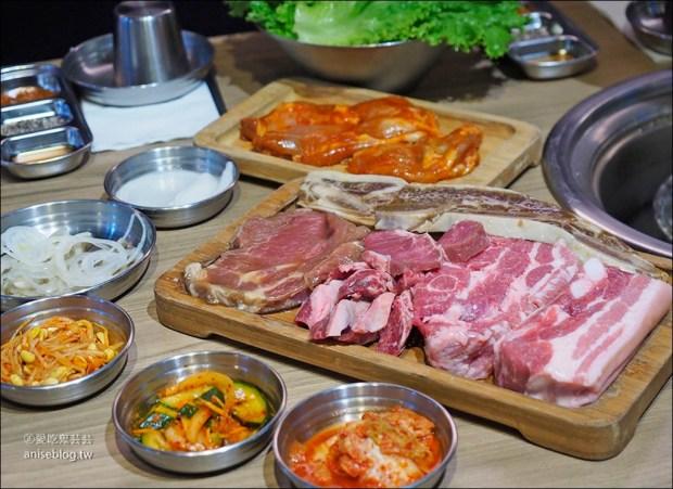 台韓民國韓式燒肉店,三訪終於喝到鳳梨燒酒😍  ( 文末菜單 ) @愛吃鬼芸芸