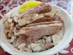 今日熱門文章:阿宏師火雞肉飯,嘉義雞肉飯新星,口味偏重、超推涼拌豬肝!