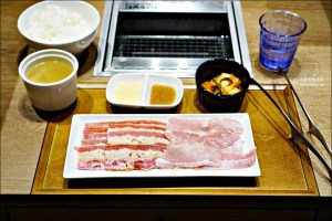 今日熱門文章:焼肉ライク(燒肉LIKE)京站店,一個人也能吃的燒肉店,台北車站美食(姊姊食記)