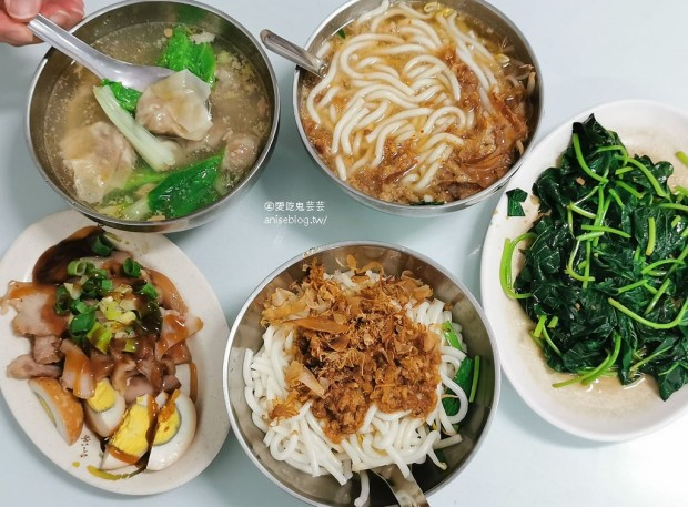 台東美食 | 阿咪米苔目、阿鋐炸雞,在地人推薦小吃 @愛吃鬼芸芸