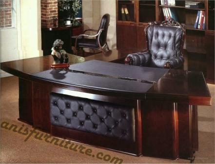 meja kantor maskulin