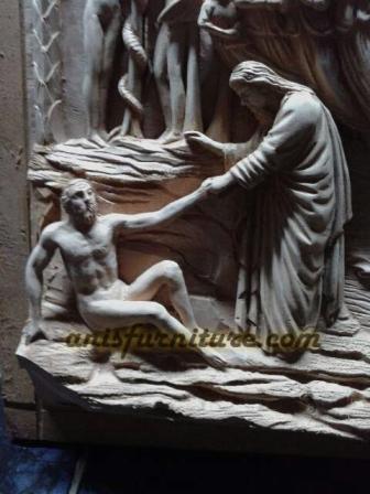 patung kayu jesus