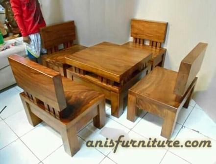 kursi kayu trembesi solid