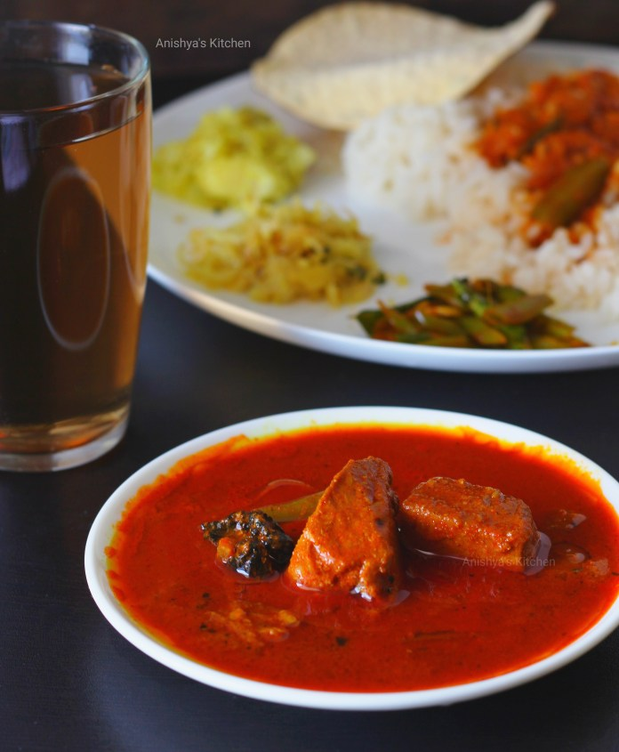 Kerala Restaurant Style Fish Curry - Choora curry - Tuna curry - Kera curry