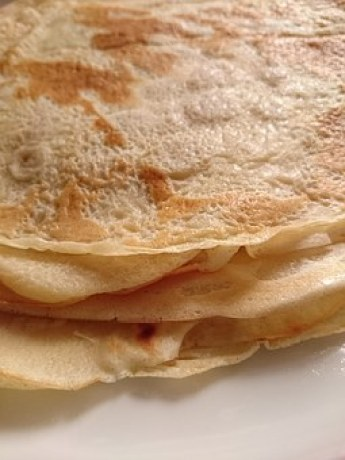 A stack of Crepes