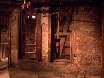 284_underground.jpg