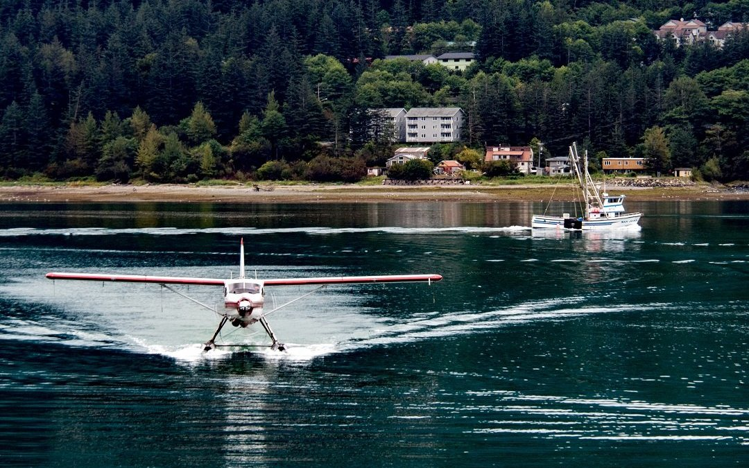 juneau harbour floatplane fishing boat