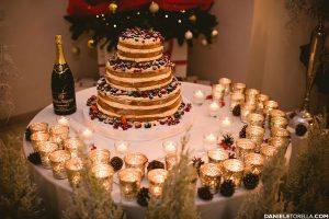 Naked cake realizzata per un matrimonio tema Natale