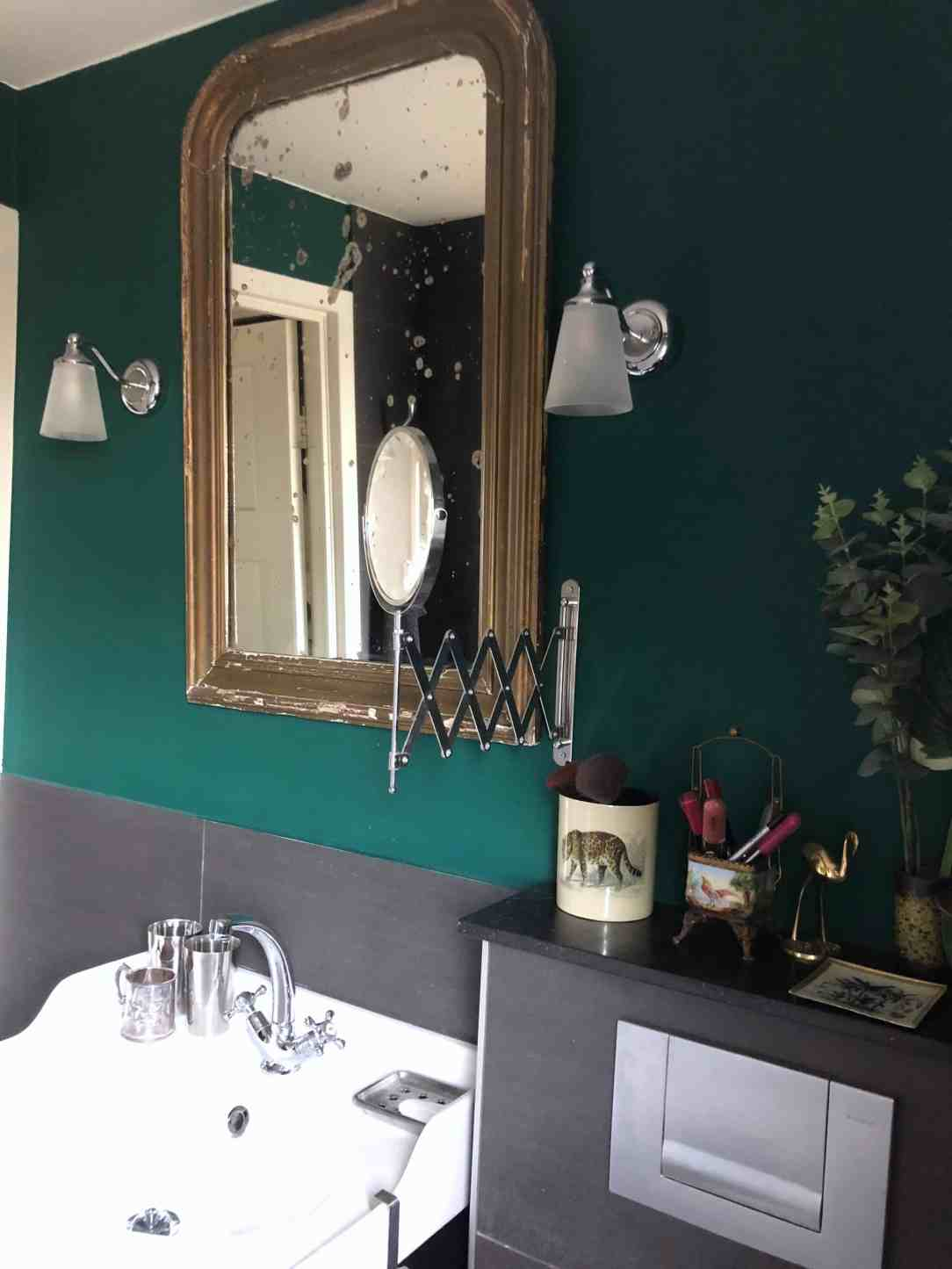 Kleur groen in de badkamer