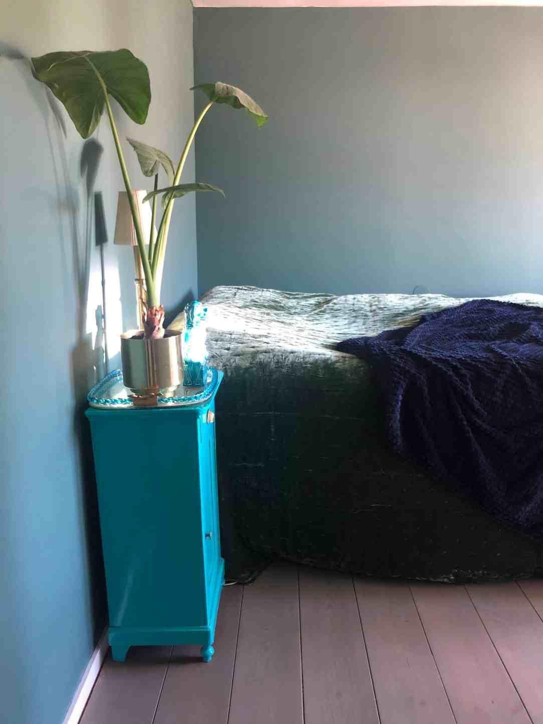 slaapkamer make-over nachtkastje