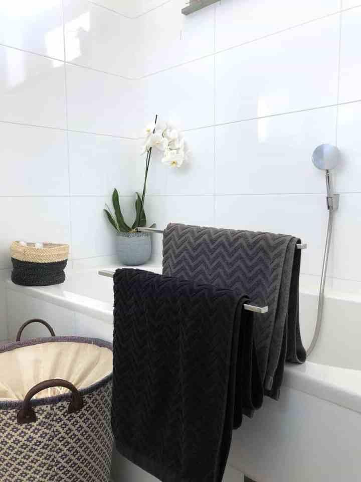 rieten mand badkamer, woontrends