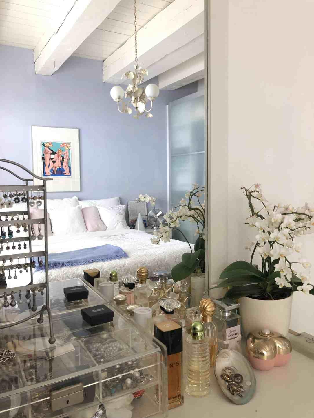 lavendelblauwe slaapkamer