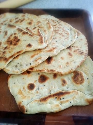 麵包。天然酵母印度薄餅 Naan - anitako。handmade 岫。手作
