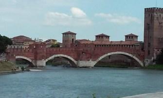 Castelvecchio bridge another view