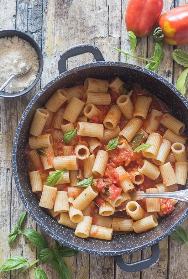 fresh tomato sauce in a black pan