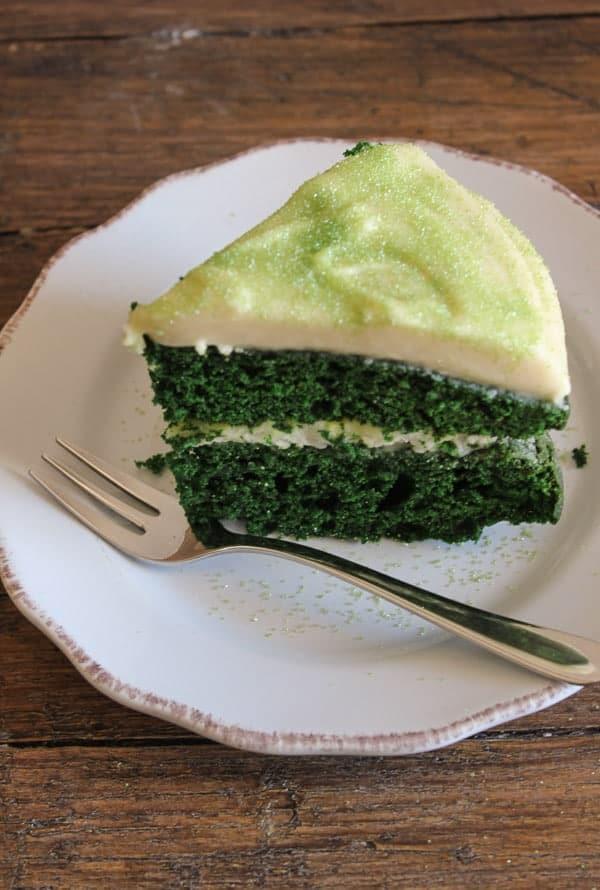 Green velvet cake with Baileys cream cheese frosting/anitalianinmykitchen.com