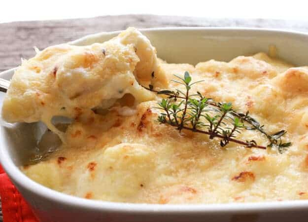 Baked Creamy Cheesy White Sauce Gnocchi, a fast, easy, delicious baked Italian pasta dish, the perfect family or guests for dinner recipe.