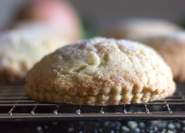 apple pie cookies on a wire rack