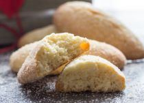 Traditional Italian Breakfast Cookies, a fast & easy cookie recipe, crunchy on outside and soft inside. Perfect for breakfast or snack.