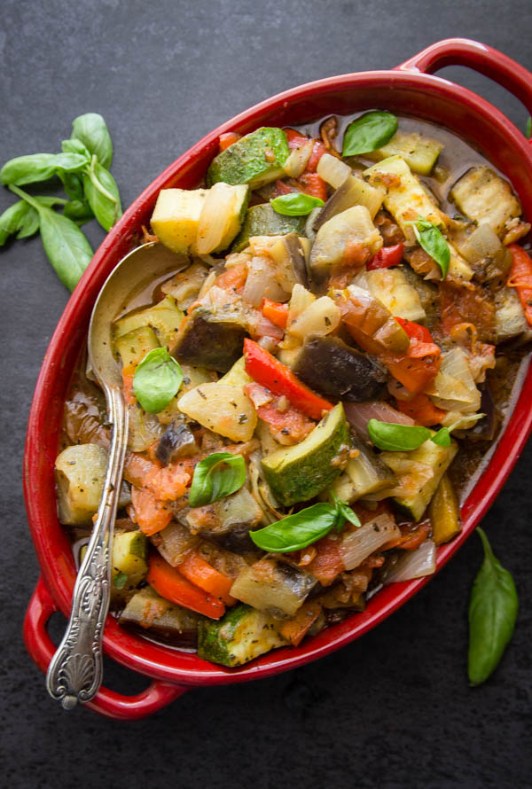 Easy ratatouille an italian in my kitchen ratatouille an easy tasty vegetable dish made with all fresh vegetables the perfect side dish or main dish sciox Choice Image