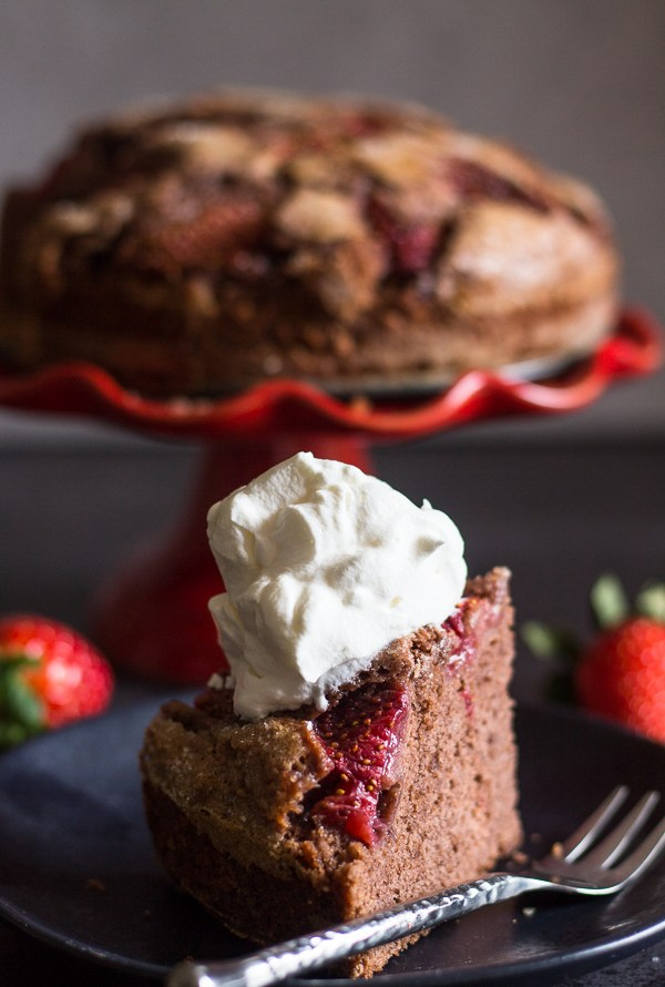 Easy Strawberry Chocolate Cake