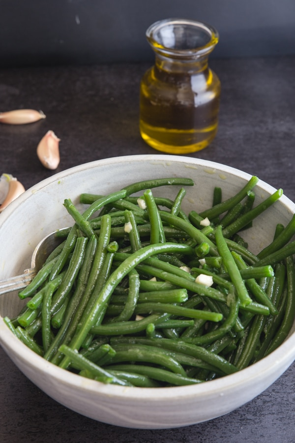 green bean recipe in a white bowl