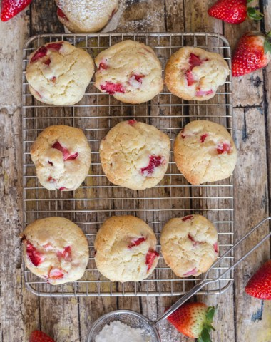 strawberry cookies on a wire rack