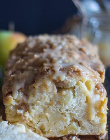 apple crumb bread sliced