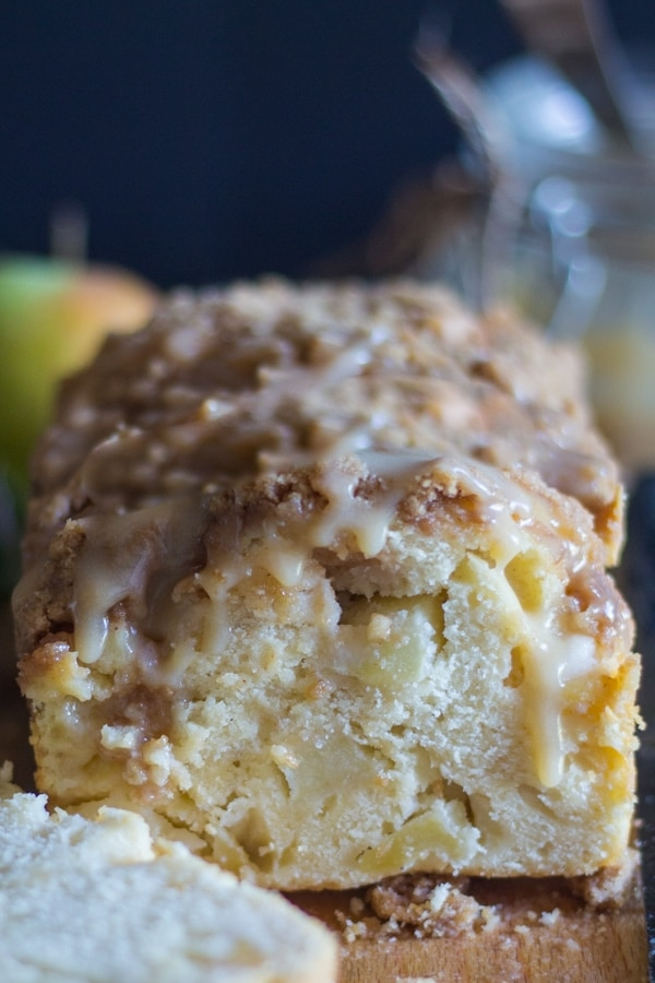 apple crumb bread sliced