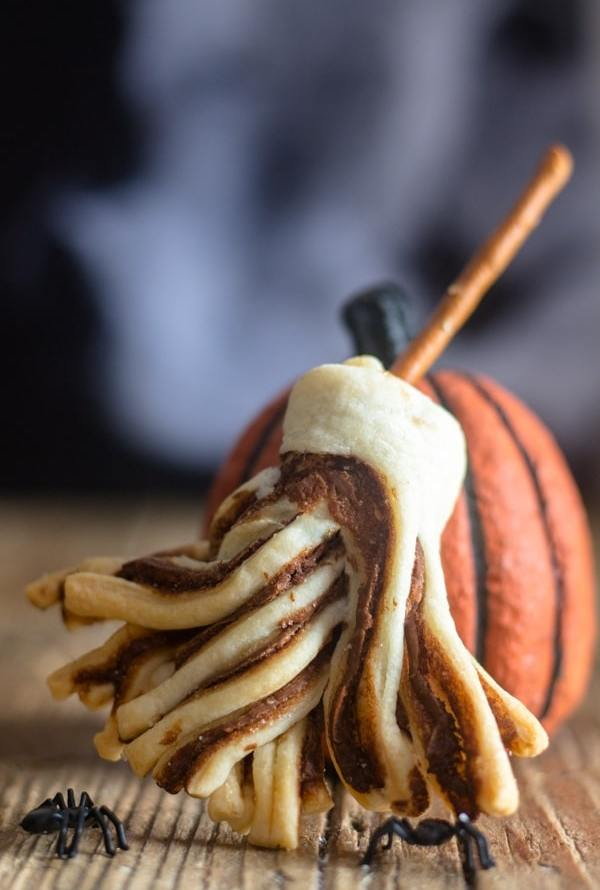 Witches' Brooms Puff Pastry Recipe