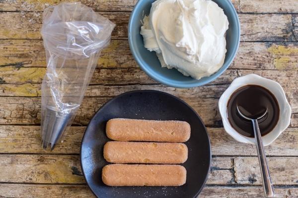 ingredients to make Tiramisu