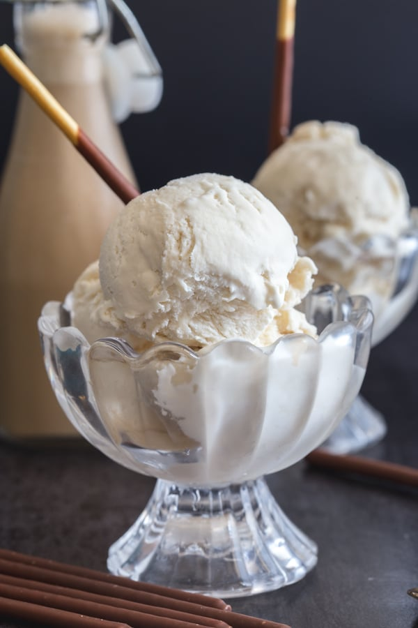scoop of cappuccino ice cream in 2 glass bowls