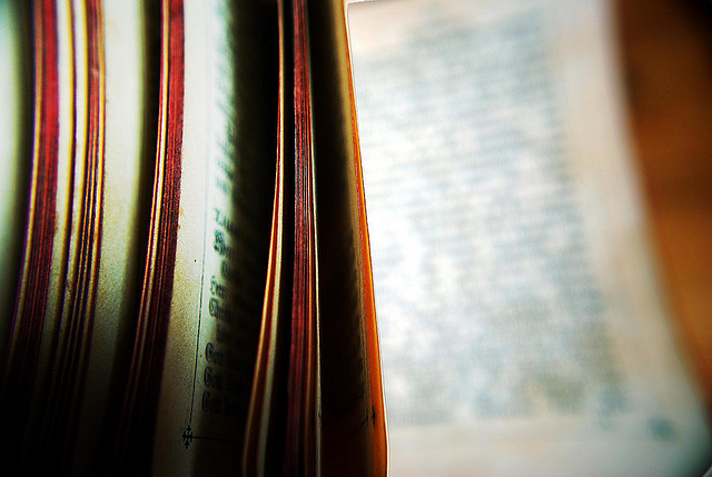 blurred_bible_pages