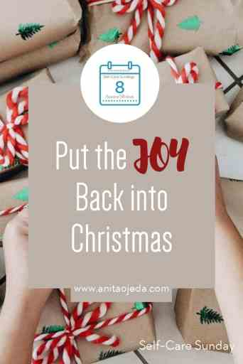 Does the holiday season have you stressed out? Find out how to resist the lure of consumerism and put the JOY back into Christmas. #consumerism #christmas #holidaygifts