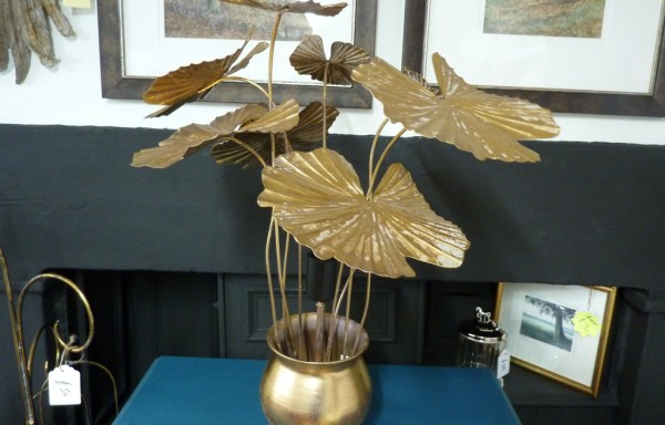 """Gold metal potted plant lamp 22"""" tall"""
