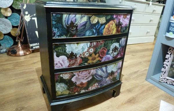 Shabby Chic Set of Drawers Black-Gold-Floral