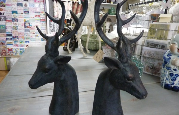 2 x stag head book ends (slight damage ) reduced £49 to £30