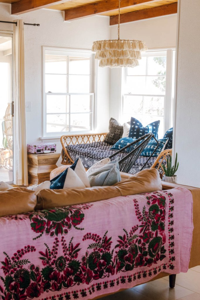 anita yokota photography joshua tree the harriet house joshua tree airbnb eclectic home design vintage rug textiles