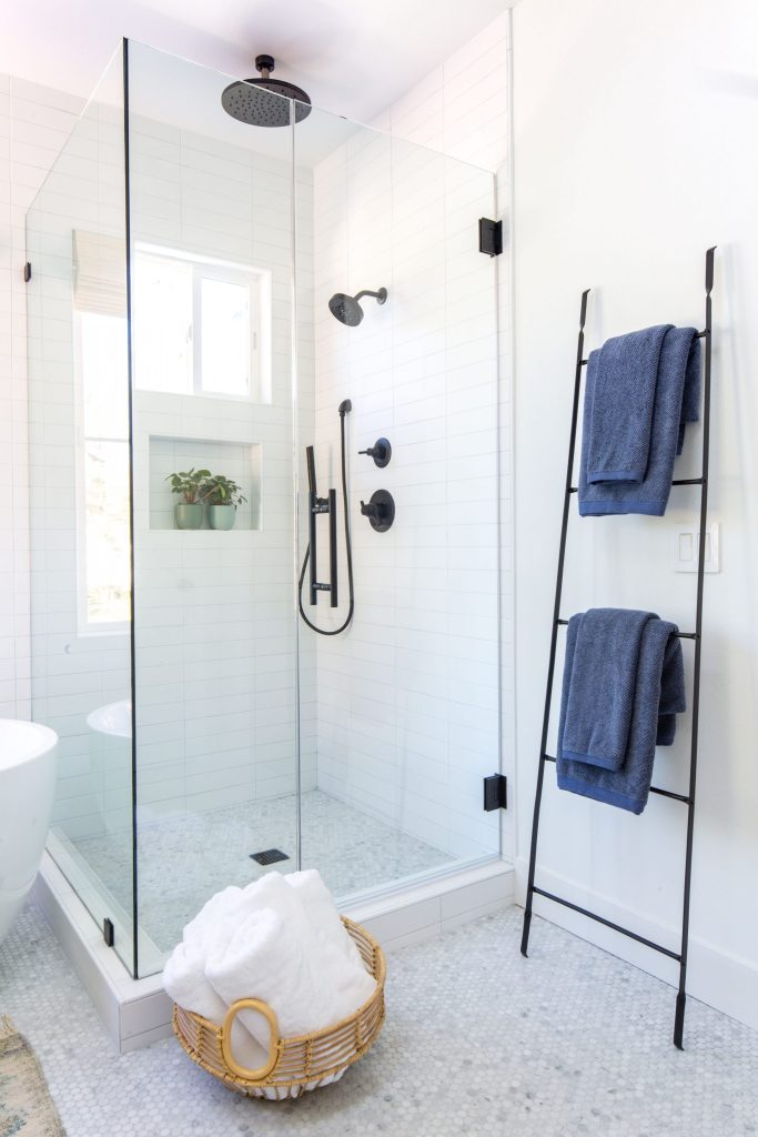 Pleasant Master Bathroom Reveal Anita Yokota Interior Design Ideas Oxytryabchikinfo