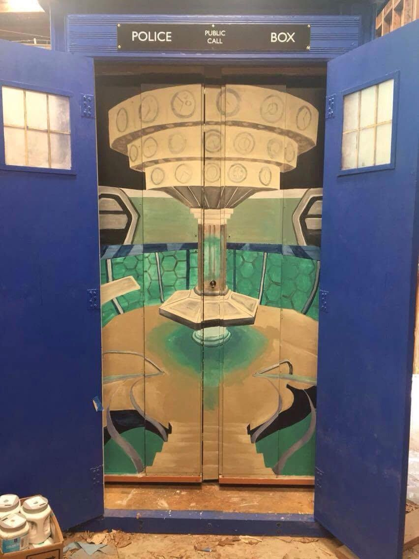 Jennifer Maiseloff created a mural inside of the TARDIS.