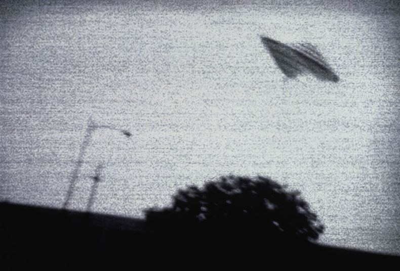 From UFOs to mysterious disappearances, reading about conspiracy theories will suck you in.