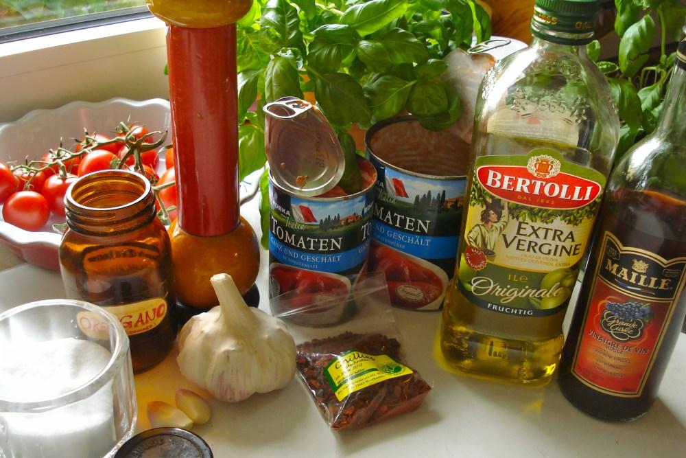 Würzige Hackfleischbällchen in fruchtiger Tomatensauce (1/6)