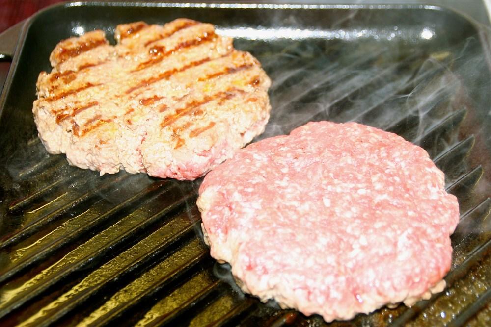 Hamburger  Deluxe - hausgemacht (3/6)