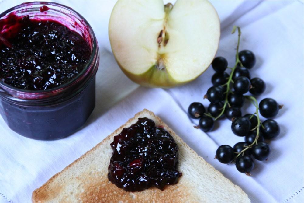 Schwarze Johannisbeer / Apfel Marmelade (3/4)