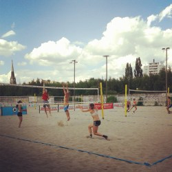Summertime is time for playing beachvolleyball.