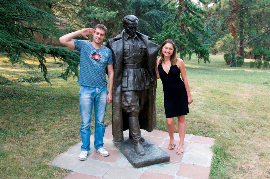 ANJCI ALL OVER | A whirlwind visit to Pristina